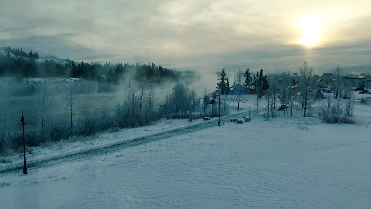 2016-12-06-what-he-tweeted-ice-fog-boiling-up-from-the-yukon-river-0